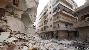 استمرار المعارك في سوريا بين القوات الحكومية والمعارضة المسلحة