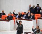 البرلمان التركي يطلق يد أردوغان.. ونظام الأسد يعتذر