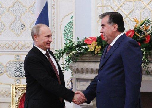 بوتين يوقع في طاجيكستان اتفاقا يمدد وجود القاعدة الروسية ثلاثين عاما