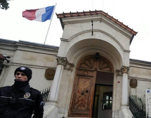 """اغلاق البعثات الدبلوماسية الفرنسية في تركيا """"حتى اشعار اخر"""" لاسباب امنية"""