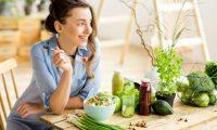 خبراء التغذية العالميّون/ ماذا يأكلون لإنعاش أجسادهم في الصيف الحار؟