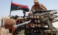 """قوات ليبية  تسيطر على أجزاء من منطقة الغرارات المجاورة لمطار """"معيتيقة"""" الدولي"""