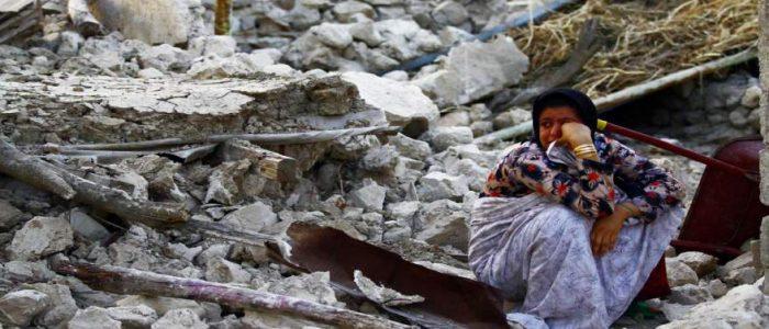 ارتفاع حصيلة الزالزل في إيران أكثر من 320 قتيلا
