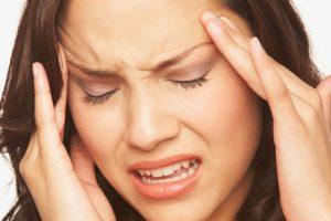 أعراض تؤكد أن بعض منها مشاكل نفسية وعاطفية