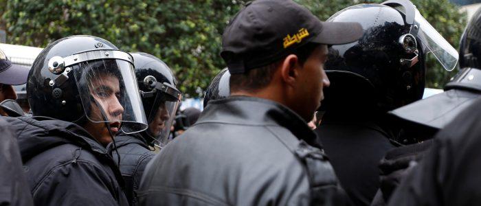 منظمة العفو الدولية تدعو القوات الأمنية في تونس بعدم استخدام القوة لقمع التظاهرات