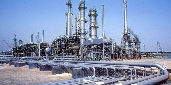 النفط تختار 26 شركة للمشاركة في المنافسة امتيازات نفط وغاز في مناطق حدودية
